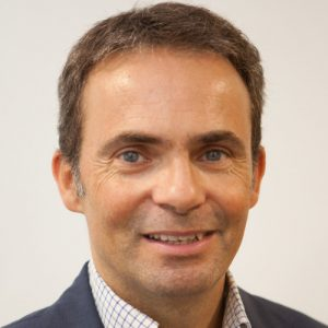 Víctor Vera es el autor de este artículo sobre cómo debe ser un contact center más digital.