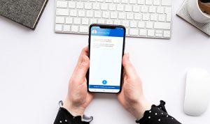 SANTALUCÍA incorpora un asistente de voz a su aplicación iHogar.