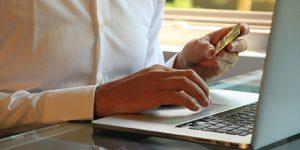 Automatizar el proceso de pago de forma segura para una óptima experiencia de usuario.