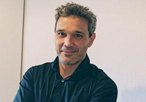 Adrián Murcia, autor del artículo cómo vender con éxito.