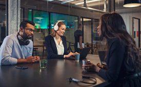 EPOS lanza cuatro nuevos auriculares premium para el entorno laboral.